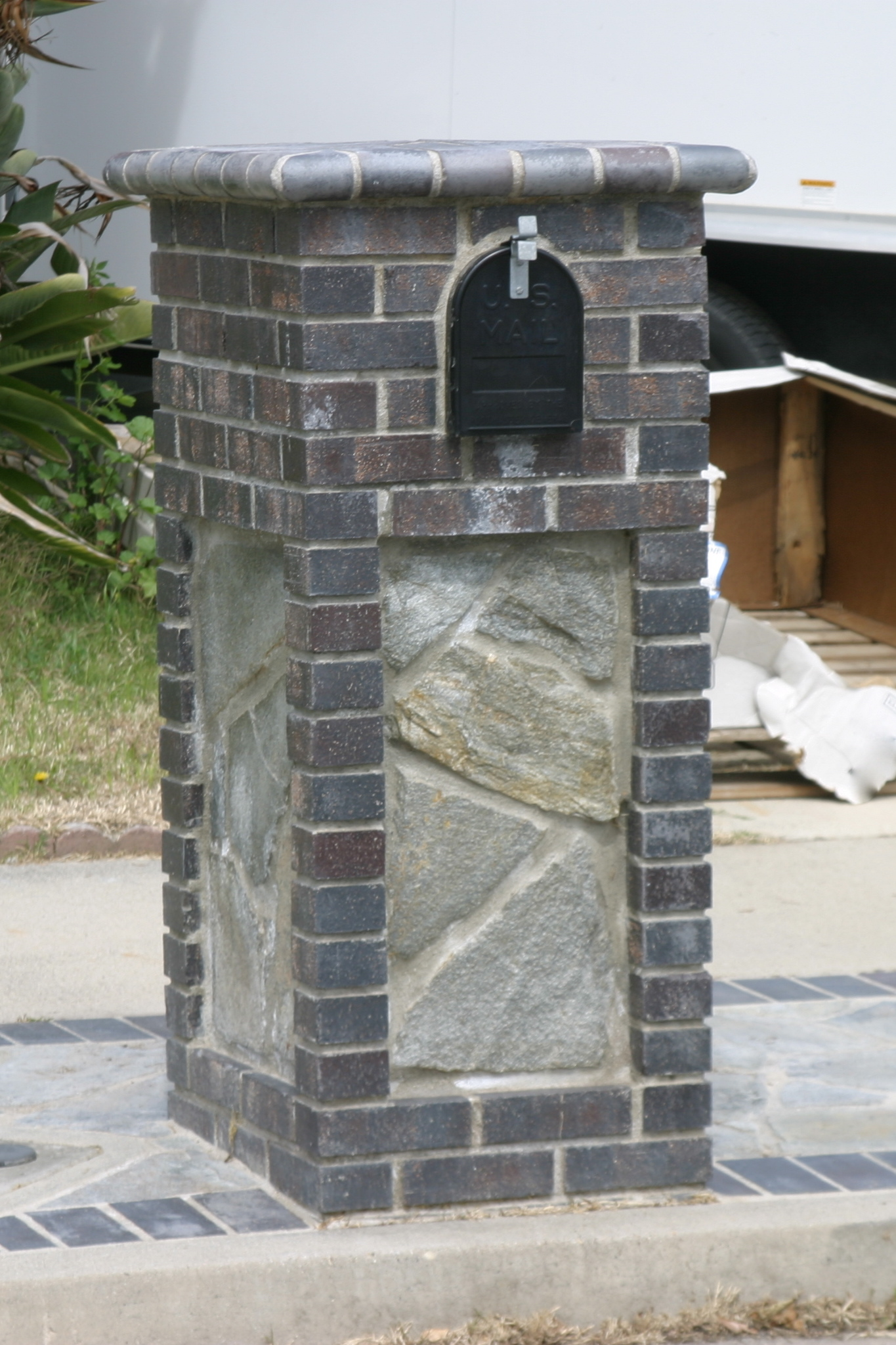 1000 images about mailboxs on pinterest brick mailbox for Masonry ideas