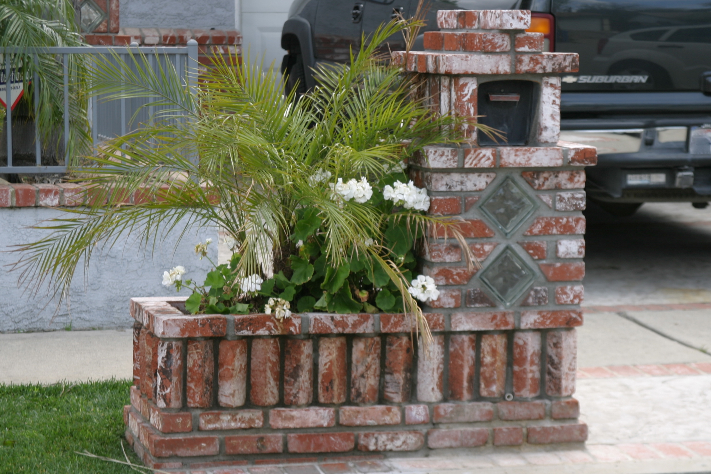 Gallery For > Brick And Glass Block Mailbox Designs